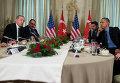 Президент Турции Тайип Эрдоган и президент США Барак Обама на климатической конференции ООН в Париже