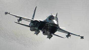 Самолет Су-34. Архивное фото