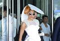 Американская певица, автор песен, продюсер, филантроп, дизайнер и актриса Леди Гага в Гонконге. 2012 год