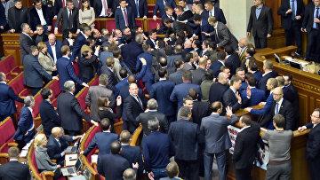Драка на заседании Верховной Рады Украины. Архивное фото