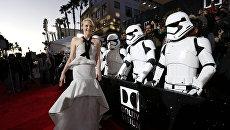 Актриса Гвендолин Кристи на премьере фильма Звездные войны:Пробуждение силы в Лос-Анджелесе