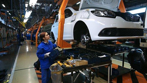 Сборочное производство производство на конвейере завода АвтоВАЗ в городе Тольятти