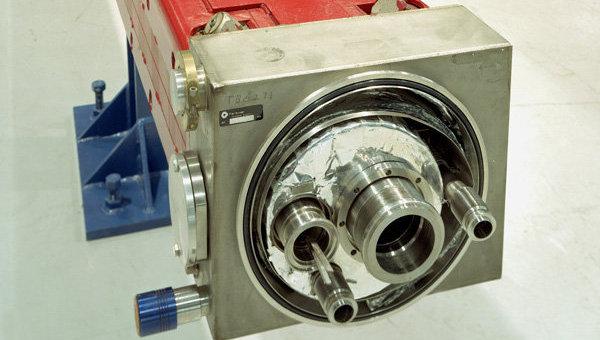 Сверхпроводящий дипольный магнит коллайдера Теватрон
