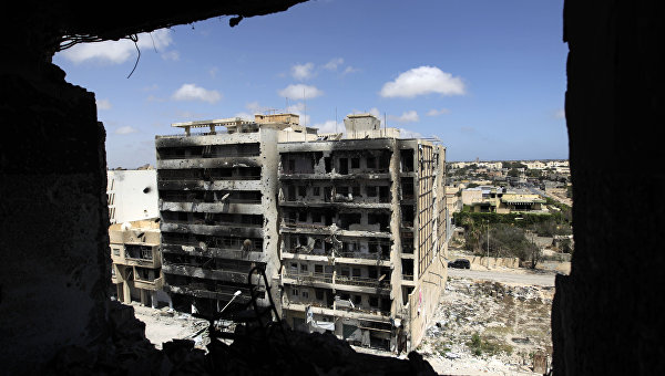 Разрушенные улицы Триполи, архивное фото