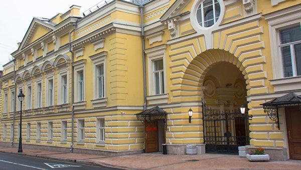 Фасад театра Геликон-опера