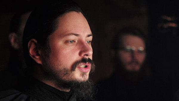 Участник музыкального проекта Голос иеромонах Фотий