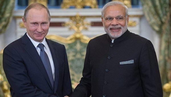 Президент России Владимир Путин и премьер-министр Индии Нарендра Моди. Архивное фото