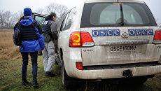 Миссия ОБСЕ не смогла обследовать место обстрела в районе Коминтерново. Декабрь 2015
