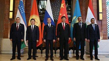 Встреча глав правительств государств - членов Шанхайской организации сотрудничества. 16 декабря 2015. Архивное фото