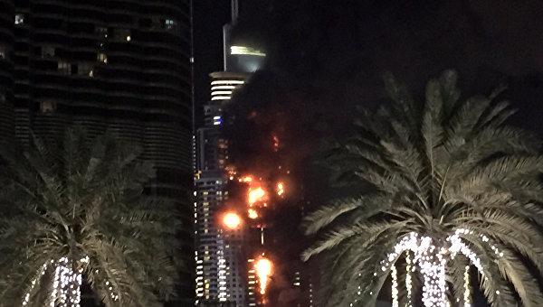 Пожар в отеле-небоскребе в Дубае. Архивное фото