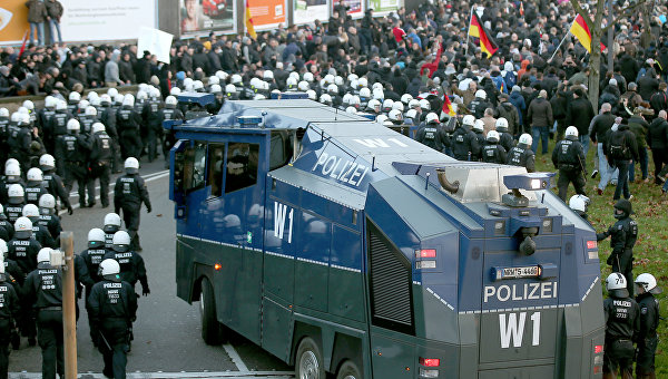 Разгон демонстрации в Кельне, 9 января 2015