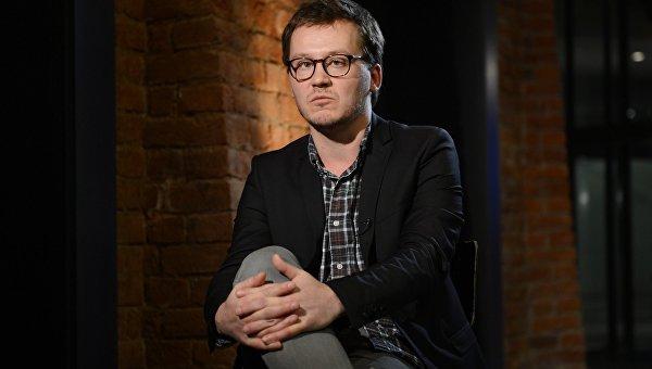 Кинокритик, сценарист и режиссер Роман Волобуев. Архивное фото