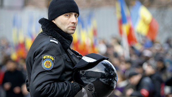 Акция протеста в Кишинёве с требованием проведения досрочных парламентских выборов. Архивное фото