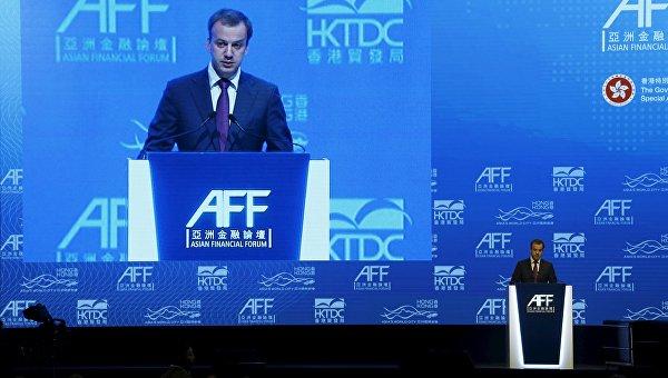 Вице-премьер Аркадий Дворкович во время выступления на Азиатском финансовом форуме в Гонконге