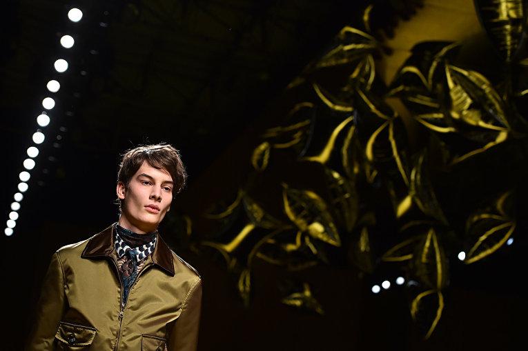 Показ коллекции Salvatore Ferragamo во время Недели мужской моды в Милане