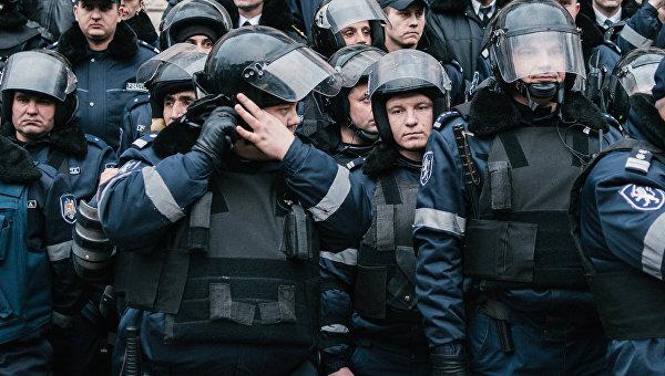 Сотрудники правоохранительных органов в Кишиневе. Архивное фото