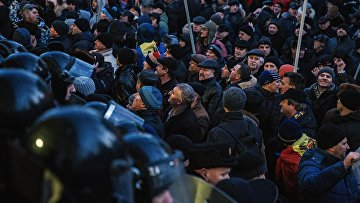 Акции протеста у здания Парламента в Кишиневе. Архивное фото