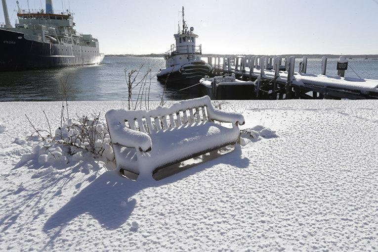 Последствия снегопада в Массачусетсе. Январь 2016