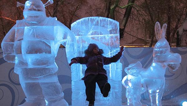 Скульптуры из льда. Архивное фото