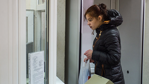 Мать Матвея - жительница Тулы Екатерина Захаренко, которая весной 2015 года отказалась от ребенка, обгоревшего в тульском роддоме, в здании Центрального суда города Тулы