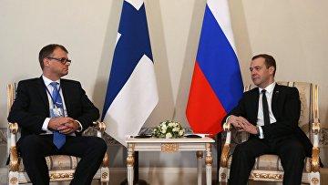 Премьер-министр РФ Д. Медведев встретился в Санкт-Петербурге с премьер-министром Финляндии Ю. Сипилей