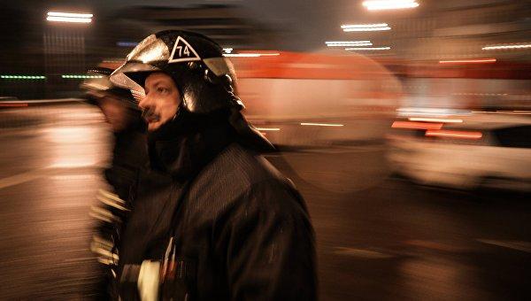 Сотрудник пожарно-спасательных подразделений МЧС. Архивное фото