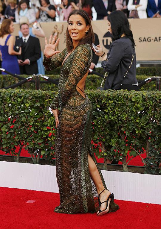 Американская актриса, модель, ресторатор и телевизионный продюсер Ева Лонгория. 22-я церемония вручения премии Гильдии киноактёров США. Январь 2016