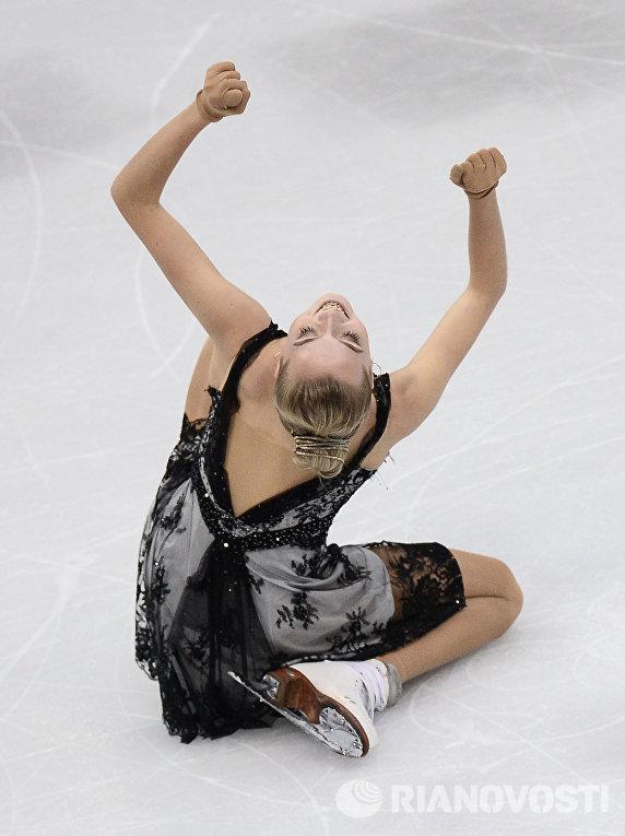 Елена Радионова (Россия) выступает в произвольной программе женского одиночного катания на чемпионате Европы по фигурному катанию в Братиславе