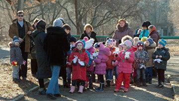 В ЛНР почтили память детей, погибших вследствие военных действий в Донбассе. Архивное фото
