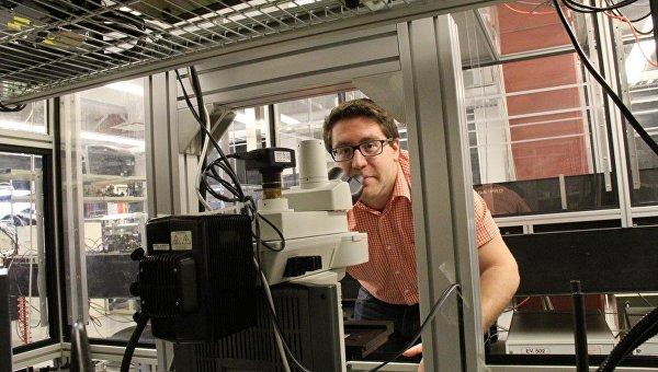 Нир Качинский и его лазерный нейропаяльник