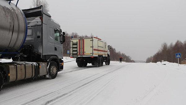 Спасатели МЧС России проводят мероприятия по оказанию помощи в период циклона. Архивное фото