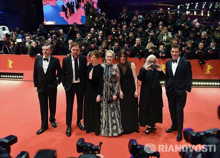 Жюри основного конкурса церемонии открытия 66-го Берлинского международного кинофестиваля Берлинале - 2016
