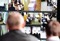 Системы видеонаблюдения на избирательных участках страны, архивное фото