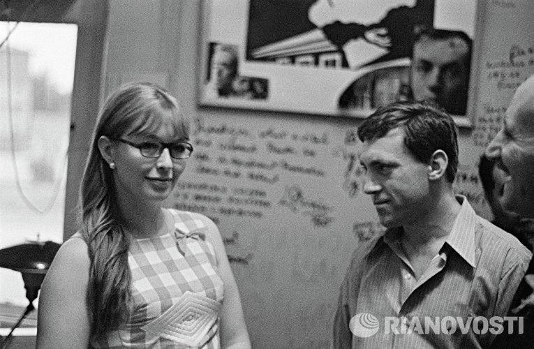 Актриса Марина Влади и артист Владимир Высоцкий