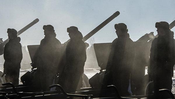 Военнослужащие 449-го отдельного салютного дивизиона Западного военного округа (ЗВО). Архивное фото