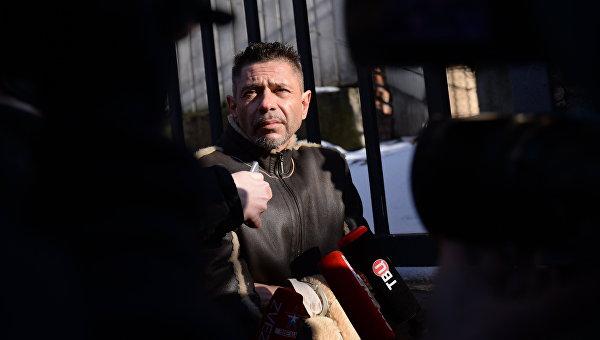 Актер Валерий Николаев перед заседанием Пресненского районного суда Москвы. Архивное фото