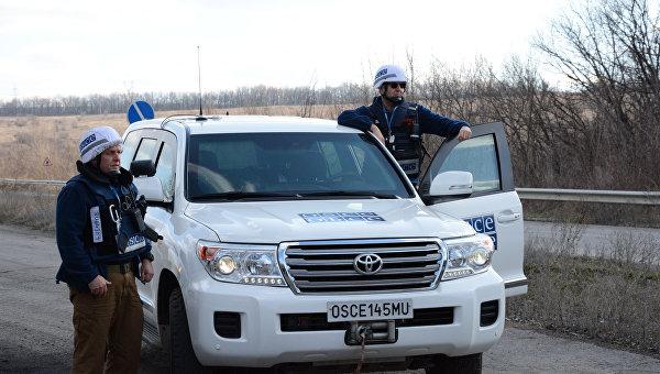 Сотрудники ОБСЕ в ЛНР. Архивное фото