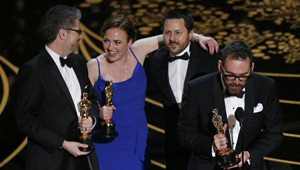 Оскар за Лучшие визуальные эффекты команде фильма Из машины