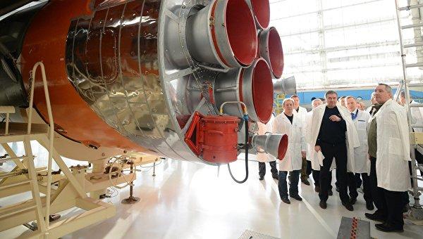 Заместитель председателя правительства РФ Дмитрий Рогозин во время посещения космодрома Восточный в Амурской области. Архивное фото