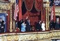 Президент США Роналд Рейган с супругой и Генеральный секретарь ЦК КПСС Михаил Горбачев с супругой на вечере балета в Большом театре