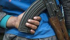 Сирийский военный возле города Хама, Сирия
