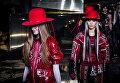 Показ коллекции H&M во время недели моды прет-а-порте в Париже. Март 2016