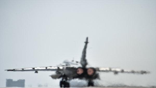 Российский фронтовой бомбардировщик Су-24 в Сирии. Архивное фото