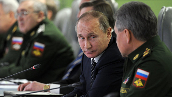 Президент России Владимир Путин проводит единый день приемки военной продукции в Национальном центре обороны РФ в Москве