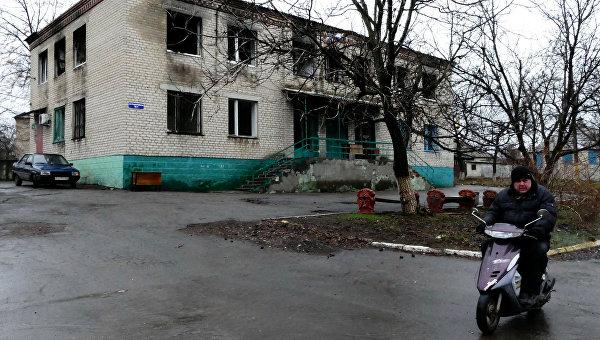 Один из домов в поселке Зайцево под Горловкой, который был обстрелян украинскими силовиками