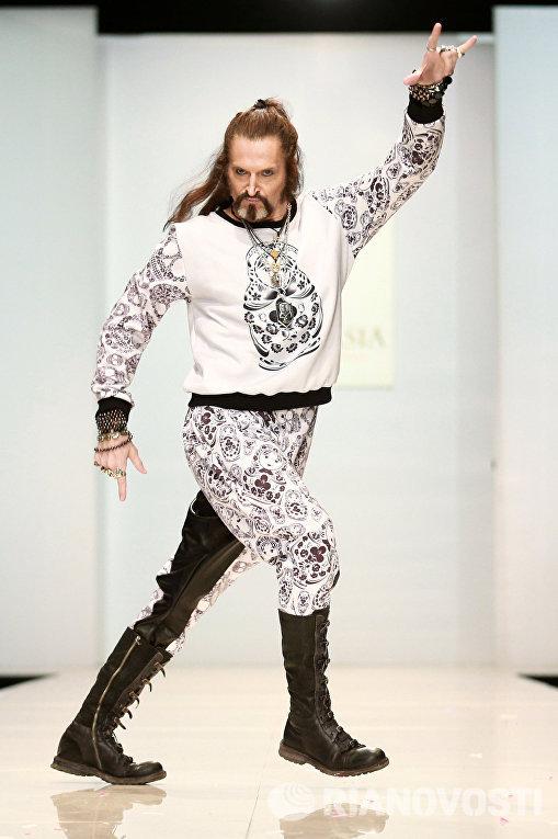 Певец Никита Джигурда во время показа моделей Yanastasia в рамках Недели моды в Москве