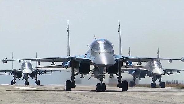 Вылет группы самолетов ВКС с авиабазы Хмеймим. Архивное фото