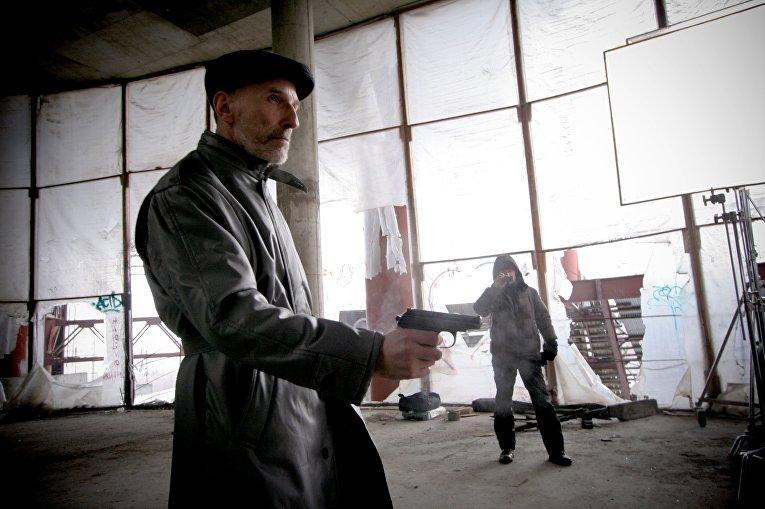 Петр Мамонов на съемках фильма Шапито-шоу