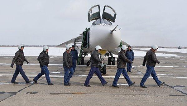 В Челябинскую область вернулись с авиабазы Хмеймим в Сирии три бомбардировщика Су-24М. Архивное фото