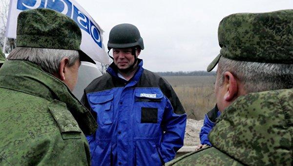 Замглава миссии ОБСЕ на Украине А. Хуг. Архивное фото